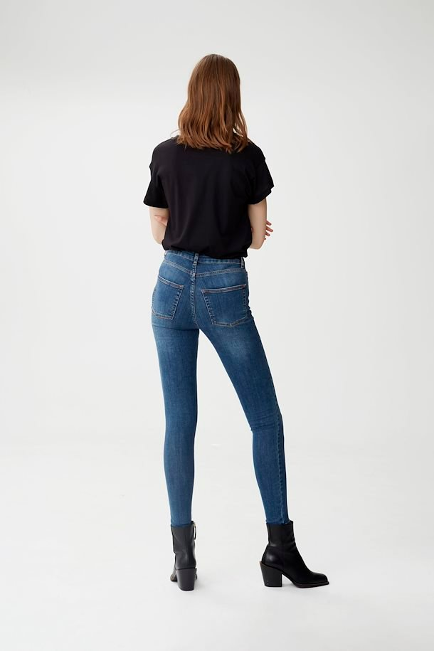 l-a-blue-emilygz-hw-skinny-jeans (2)