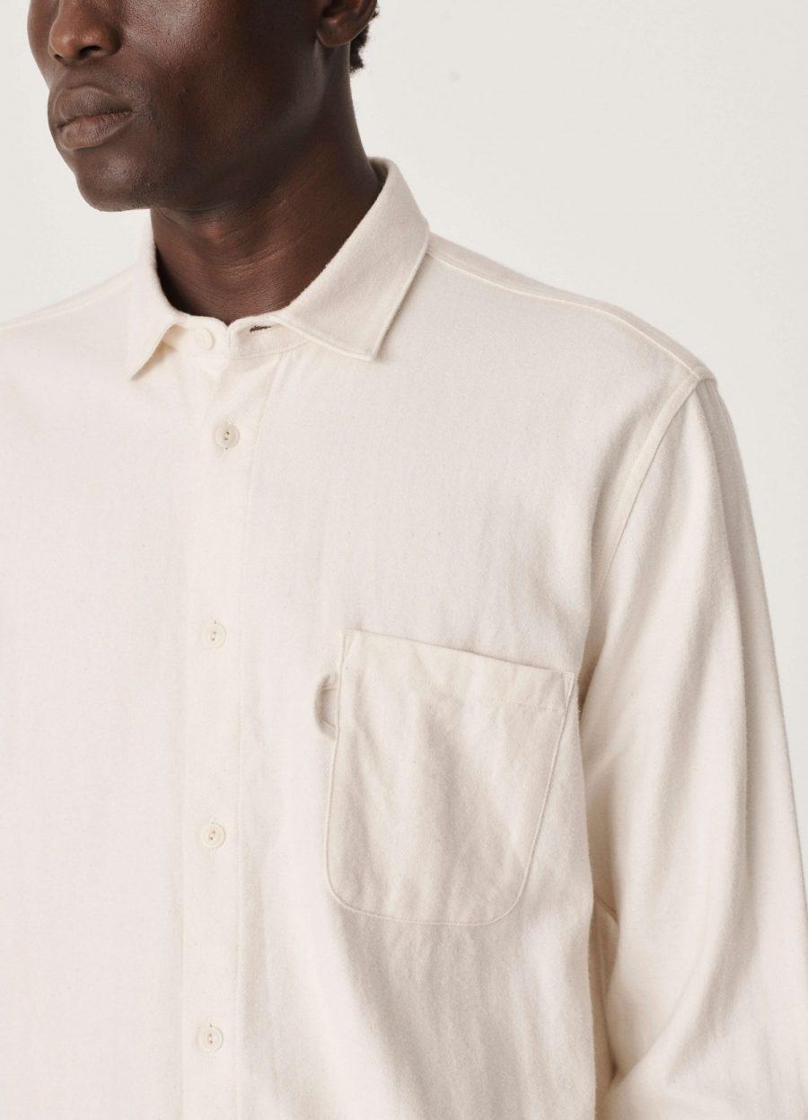 p2pav_curtis_shirt_ecru_028-1500×2079