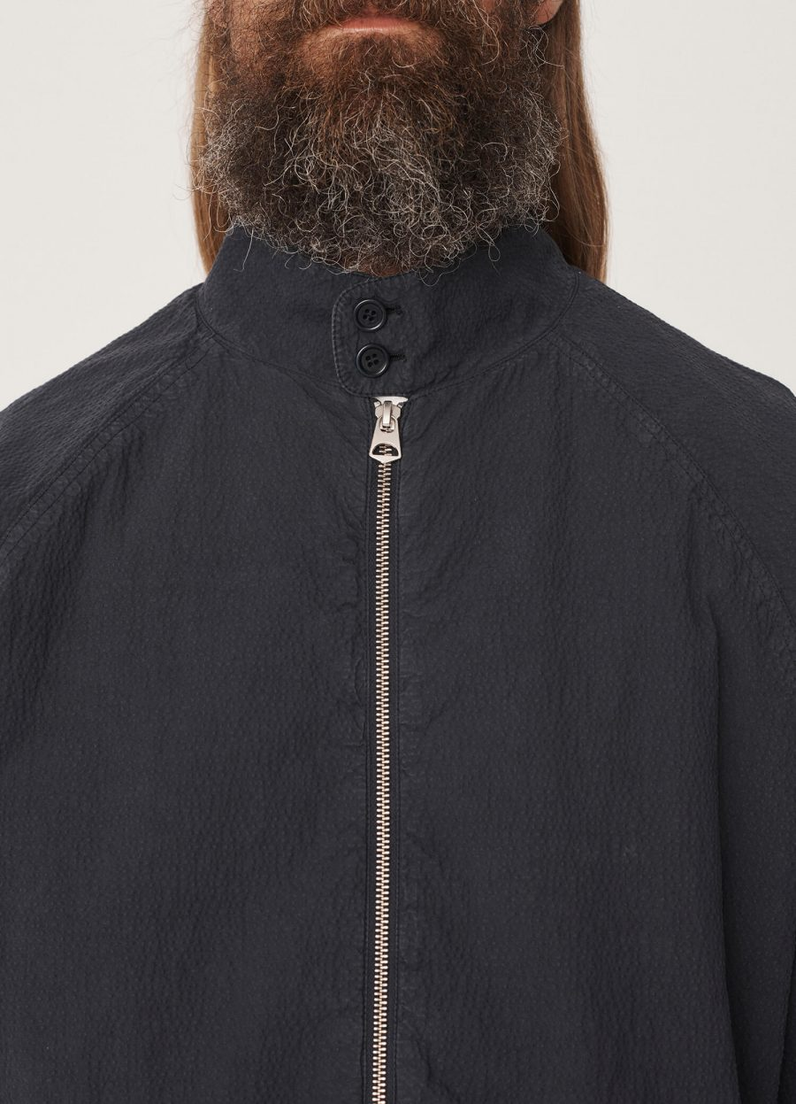 p5qaj_oversized_cotton_seersucker_harrington_jacket_navy_030