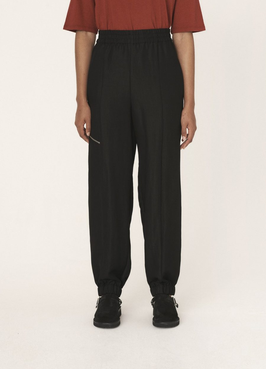 q4qal_sylvia_tencel_twill_trousers_black_043-1478×2048 (1)