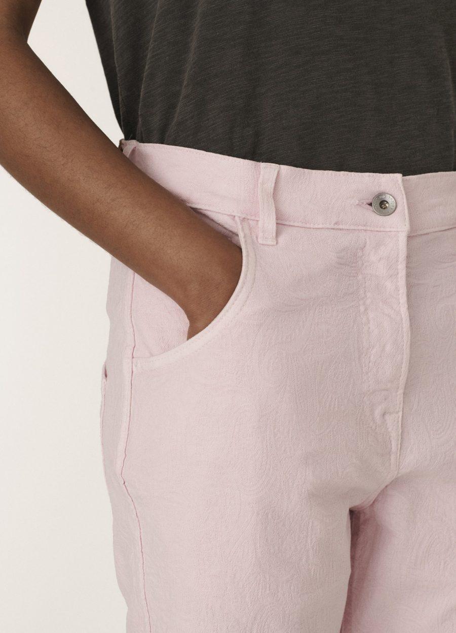 q4qam_geanie_cotton_paisley_jacquard_jeans_pink_036-1478×2048
