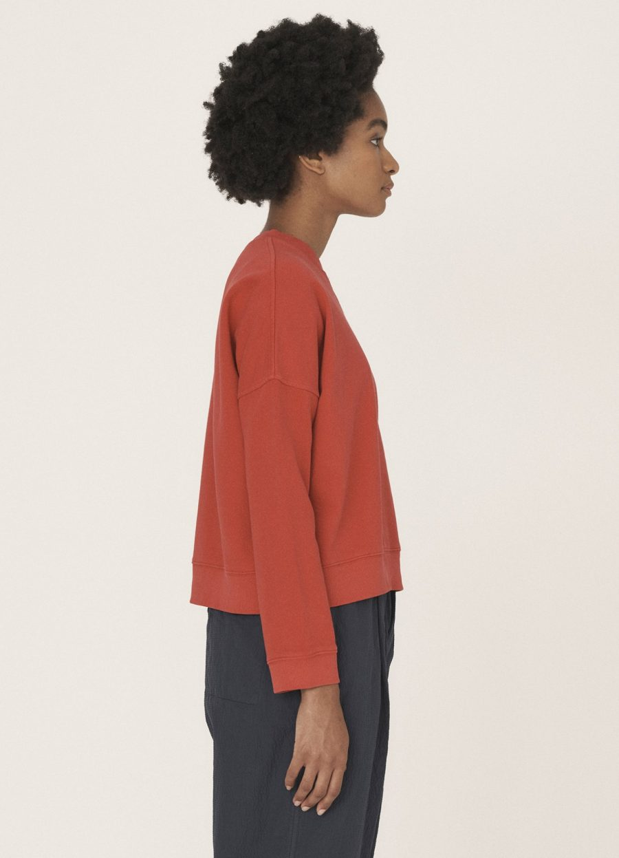 q7qad_almost_grown_cotton_loopback_sweater_red_019-1478×2048